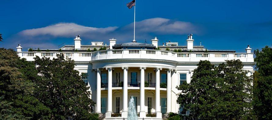 Confirma la Casa Blanca la dimisión de Scaramucci