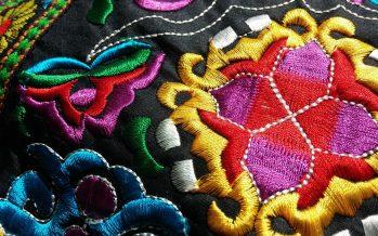 Kimbilá, pueblo que encontró su identidad en el bordado textil