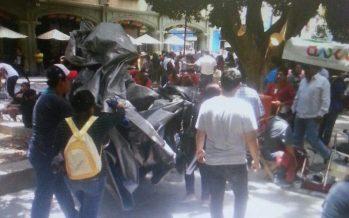 Policía bloquea  a sección 22 de CNTE: iba a Cerro del Fortín