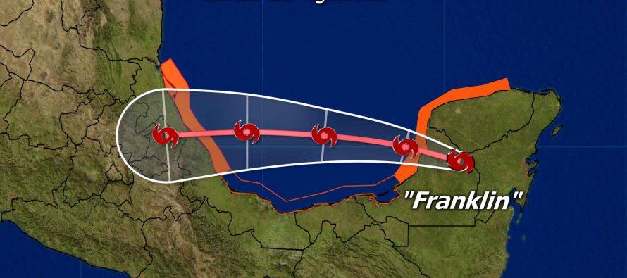 Yucatán y Campeche, en alerta máxima por Franklin