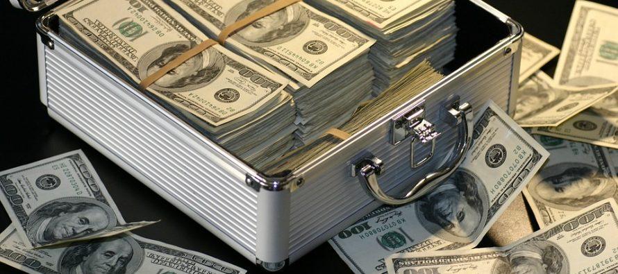 Destapan el abismo salarial que rige en Estados Unidos