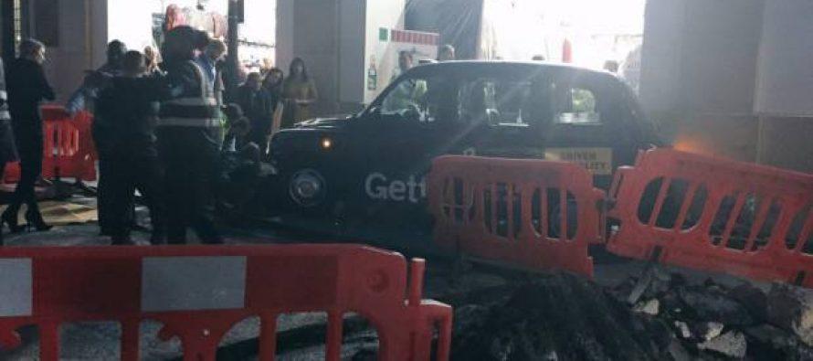Londres: Accidente de taxi en Covent Garden deja 4 heridos