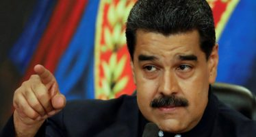 Maduro advierte sobre bloqueo de EUA al petróleo venezolano
