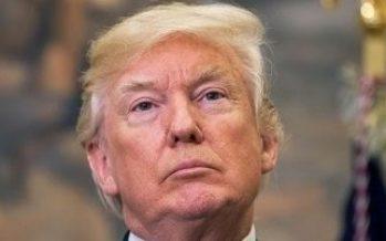 Trump firma reforma tributaria y extensión de presupuesto