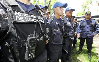 Policías vuelven al trabajo en medio de tensión en Honduras