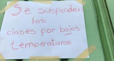 Analizan suspender clases nuevamente en la capital por frío