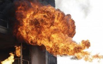 Combaten incendio en inmueble de la delegación Tláhuac