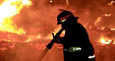 Bomberos atienden incendio en la colonia Narvarte