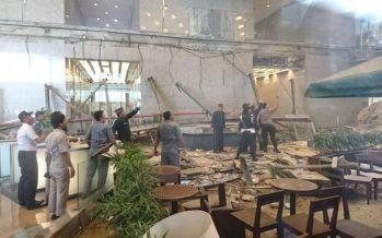 Colapso de mezzanine deja 70 heridos en Bolsa de Indonesia
