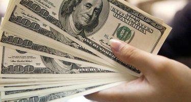 Dólar retrocede y se vende hasta en 18.88 pesos, en bancos capitalinos