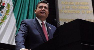 Diputado propone combatir discriminación múltiple hacia infantes