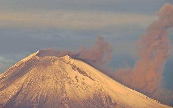 Popocatépetl emite 160 exhalaciones de baja intensidad