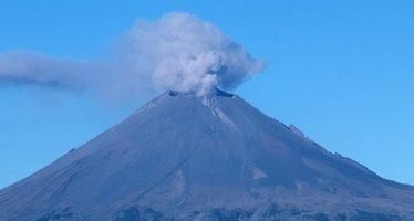 Popocatépetl emite 44 exhalaciones de baja intensidad