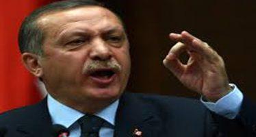 Reprime Erdogan a manifestantes; protestaban por ataques a Afrín