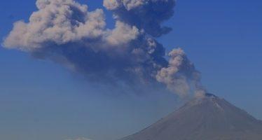 Más de siete mil reportes diarios sobre actividad de Popocatépetl