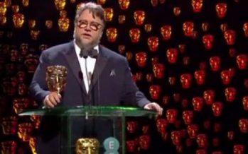 Guillermo del Toro gana premio BAFTA a mejor director