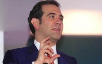 INE renovará modelo de debates de aspirantes presidenciales