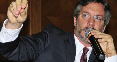 """""""Chingadazos"""", si no gana López Obrador la elección: Ackerman"""
