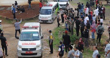 Mueren 27 mujeres tras chocar autobús en Indonesia