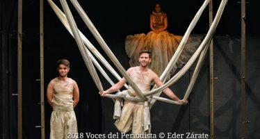"""""""Voraz"""" una reflexión sobre el """"ser"""" y el """"deber ser"""", se está presentando en el Teatro La Capilla"""