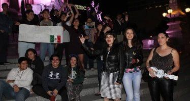 Celebran triunfo de Guillermo del Toro en el Ángel