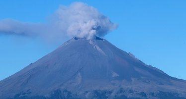 Popocatépetl emite 33 exhalaciones de baja intensidad