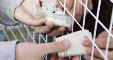 Procesan a dos menores de edad acusados de narcomenudeo