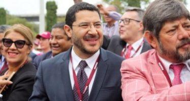 Austeridad y puntualidad, ofrece Martí Batres rumbo al Senado