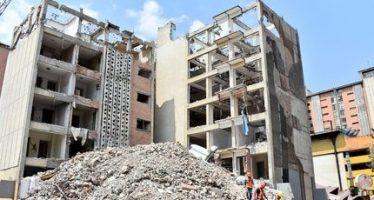 Concluye demolición de edificio de 14 pisos en la colonia Doctores