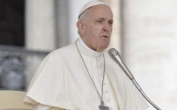 "Papa Francisco ""profundamente afectado"" por muerte de bebé"