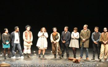 """Aunque apeste a muerto este es el teatro del pueblo: """"Por jodidos y hocicones mataron a los actores"""""""