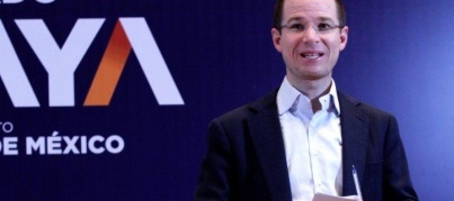 Ricardo Anaya firma Pacto por la Primera Infancia
