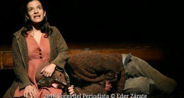 """""""Lo que queda de nosotros"""" continúa con gran éxito en el Foro Shakespeare"""