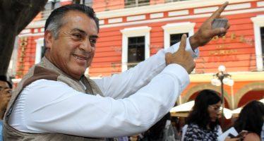 El Bronco independiente llega a la Ibero y dialoga con estudiantes