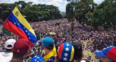 Fuerza Armada venezolana toma los centros de votación