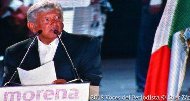 Cierra López Obrador campaña con lleno total Estadio Azteca