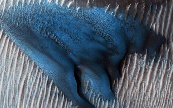 NASA muestra las espectaculares dunas azules de Marte