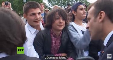 "Presidente de Francia reprende a un adolescente por llamarlo ""Manu"""
