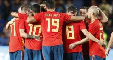 España gana el Grupo B del Mundial y deja a Portugal segundo