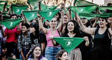 Intensifican activismo de legalización de aborto en Argentina