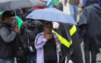 Llueve en 12 delegaciones de la capital