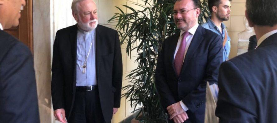 México y Vaticano lamentan retiro de EUA del pacto sobre migración