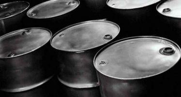 Mezcla mexicana gana 15 centavos de dólar, se vende en 67.08 el barril