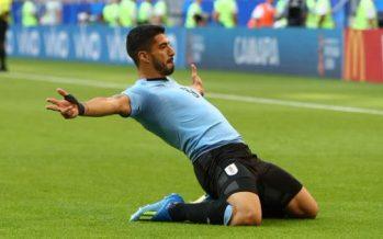 Uruguay y Rusia avanzan a los octavos de final del Mundial
