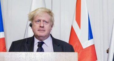 Dimite el canciller británico Boris Johnson