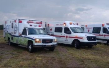 Cruz Roja mexicana atiende a lesionados de accidente aéreo en Durango