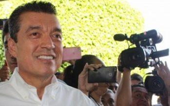 Entregan constancia a Rutilio Escandón como gobernador electo