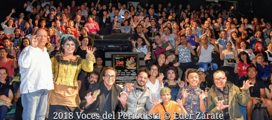"""""""Las Alegres Comadres de Atracomulco"""" celebró 100 representaciones anoche en el Foro Shakespeare"""