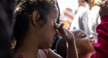Siguen lejos de sus padres miles de niños migrantes en EUA