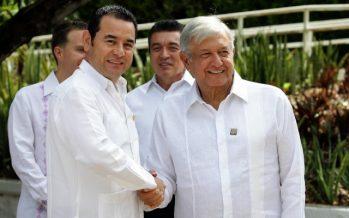 Inicia encuentro entre López Obrador y presidente de Guatemala, Jimmy Morales
